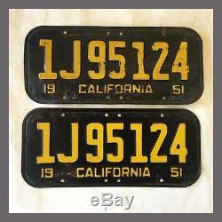 1951 California Passenger Car License Plates Pair Original DMV Clear YOM