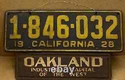 Rare 1928 Oakland California Industrial Capital License Plate Topper & Plate