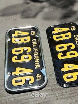 Vintage california black license plates / tabs